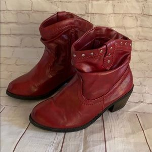 FADDED GLORY RED BOOTS